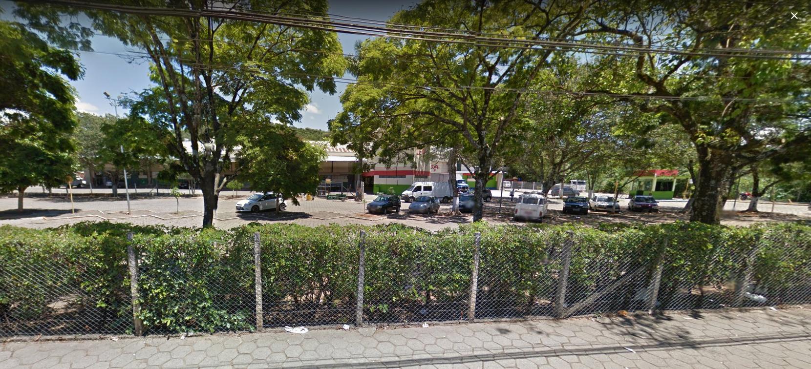 Estacionamento do Ceasa será cobrado e renda destinada a instituições